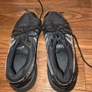ASICS Volleyball Shoes (gently used)